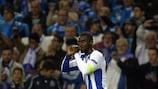 Jackson Martínez, do Porto, festeja o seu golo