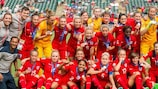 England show off their bronze medals at Canada 2015