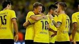 El Dortmund celebra los tres goles de Henrikh Mkhitaryan