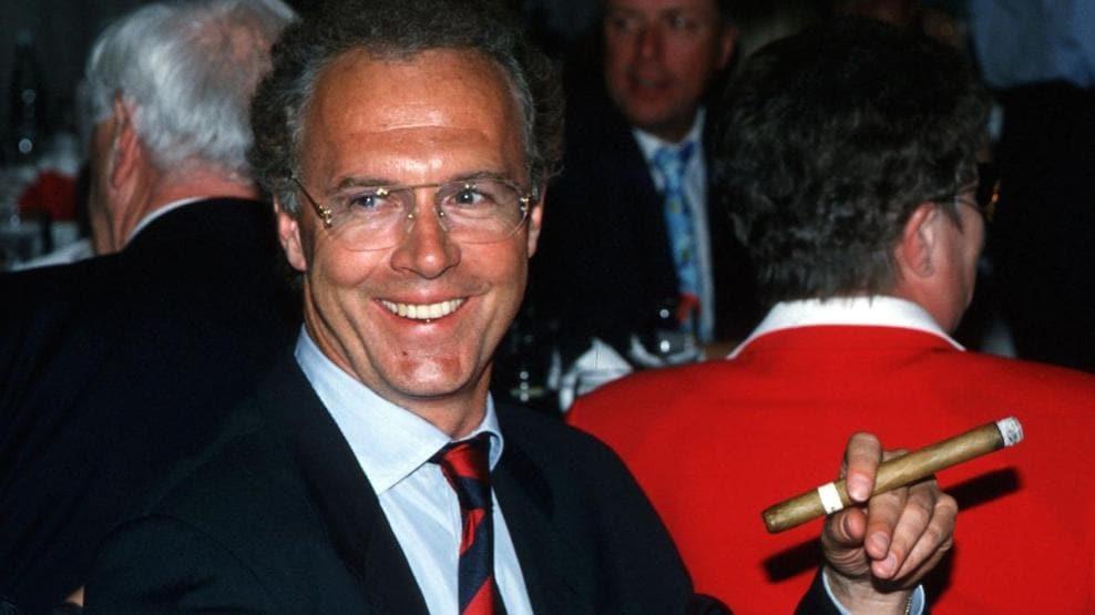 Franz Beckenbauer: a footballing colossus | UEFA Champions League ...