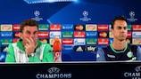 Wolfsburg coach Dieter Hecking and goalkeeper Diego Benaglio address the press