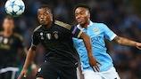 L'ancien joueur de Man United Patrice Évra se prépare à retrouver City