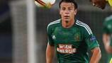 Rapid's Stefan Schwab and Villarreal midfielder Jonathan dos Santos go head-to-head