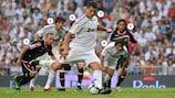 Cristiano Ronaldo marca, de grande penalidade, o primeiro golo pelo Real Madrid