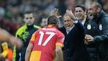 El tanto de Burak Yılmaz ante el Manchester United fue clave en la clasificación del Galatasaray' en la temporada 2012/13