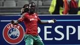 Baye Oumar Niasse fête son but de pour le Lokomotiv Moscou contre Beşiktaş