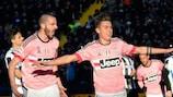 Paulo Dybala feiert das 3:0 gegen Udinese