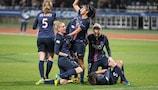 Las jugadoras del Paris celebran su victoria sobre el Barcelona