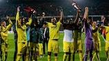 Les joueurs de Villarreal fêtent leur qualification pour les demies