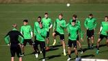 Mönchengladbach practice their footwork ahead of Barcelona's visit