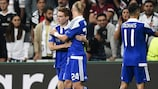 Viktor Tsygankov (L) celebrates after scoring Dynamo Kyiv's goal against Beşiktaş