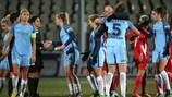 As jogadoras do Manchester City comemoram o triunfo na Rússia