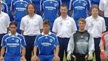 Mesut Özil (links) und Manuel Neuer spielten nicht nur gemeinsam für Schalke, sondern gingen auch in die gleiche Schule