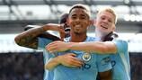 Gabriel Jesus festeggia durante la grande vittoria del Manchester City contro il Liverpool