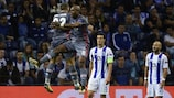 Ryan Babel festeggia il gol per il Beşiktaş