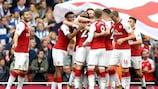 Nacho Monreal celebra su gol ante el Brighton