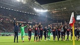 Bayern jubelt nach einem hochspannenden Spiel in Leipzig