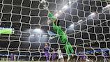Real Madrid goalkeeper Keylor Navas is beaten by Mario Mandžukić's spectacular overhead kick for Juventus in the 2016/17 UEFA Champions League final