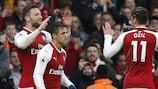 Shkodran Mustafi fête son but pour Arsenal