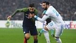 Dabbur y Rami durante un partido entre Salzburgo y Marsella en la fase de grupos
