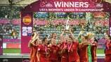 Espanha quebra recorde e revalida título
