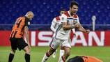 L'esultanza di Léo Dubois per la seconda rete del Lyon contro lo Shakhtar alla seconda giornata