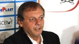 Former Romania midfielder Ilie Balaci has passed away