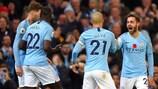 David Silva abriu a contagem para o Manchester City frente ao United