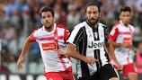 Gonzalo Higuaín in action for new club Juventus against Espanyol
