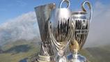 Os troféus da UEFA Europa League, SuperTaça Europeia e UEFA Champions League