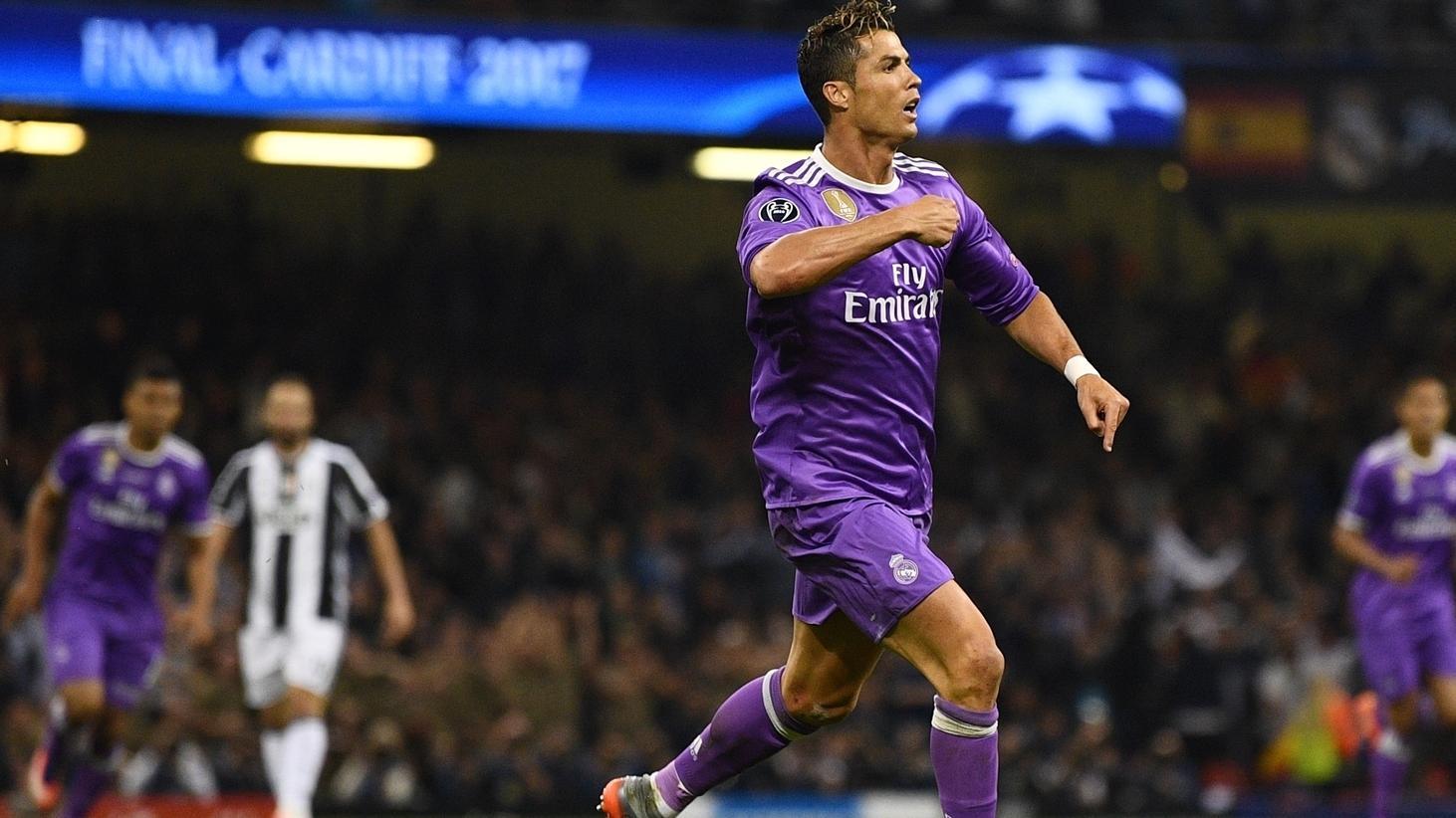 Cristiano Ronaldo Makes History By Scoring In Third Final Uefa Champions League Uefa Com