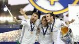 Sergio Ramos, Gareth Bale e Luka Modrić tiram uma selfie após a final da UEFA Champions League
