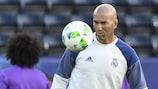 Zinédine Zidane durante um treino antes da SuperTaça Europeia do ano passado