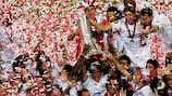 Sevilla rejoice after winning the 2006 UEFA Cup final