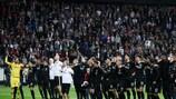 Feiern mit ihren Fans - das durften die Frankfurter in dieser Saison schon mehrfach