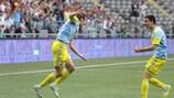 Astanas Baurzhan Dzholchiyev freut sich mit Branko Ilič über den ersten Treffer