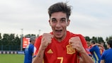Ferrán Torres celebrates a Spain U17 win
