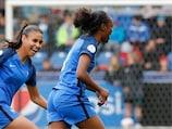 Melvine Malard efusiva após marcar à República Checa