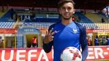 Amine Gouiri ficou com a bola do jogo após a goleada da França às Ilhas Faroé