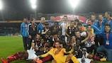 A França comemora o triunfo no Estádio Lazur