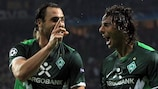Claudio Pizarro (rechts) steuerte beim 3:1-Erfolg einen Treffer bei