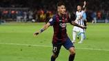 Neymar festeja após marcar o terceiro golo do Barcelona nos descontos