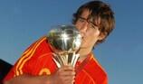 Bojan leva Espanha à glória
