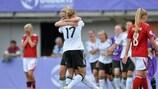 Johanna Tietge (n°17) après la victoire de l'Allemagne