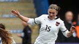 2013/14 finals veteran Viktoria Pinther was in the goals for Austria