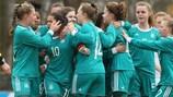 A Alemanha celebra um golo no jogo vitorioso frente à Irlanda, que deu o apuramento para a fase final