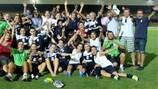 L'Apollon Limassol festeggia la qualificazione ai sedicesimi di finale