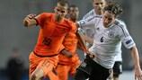 Adam Maher (links) schoss bei der U21-Endrunde im letzten Monat gegen Deutschland ein Tor