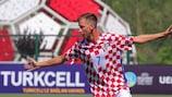 Toni Adžić faz o 2-1 para o Zagreb