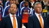 Danny Blind (à g.) succède à Guus Hiddink